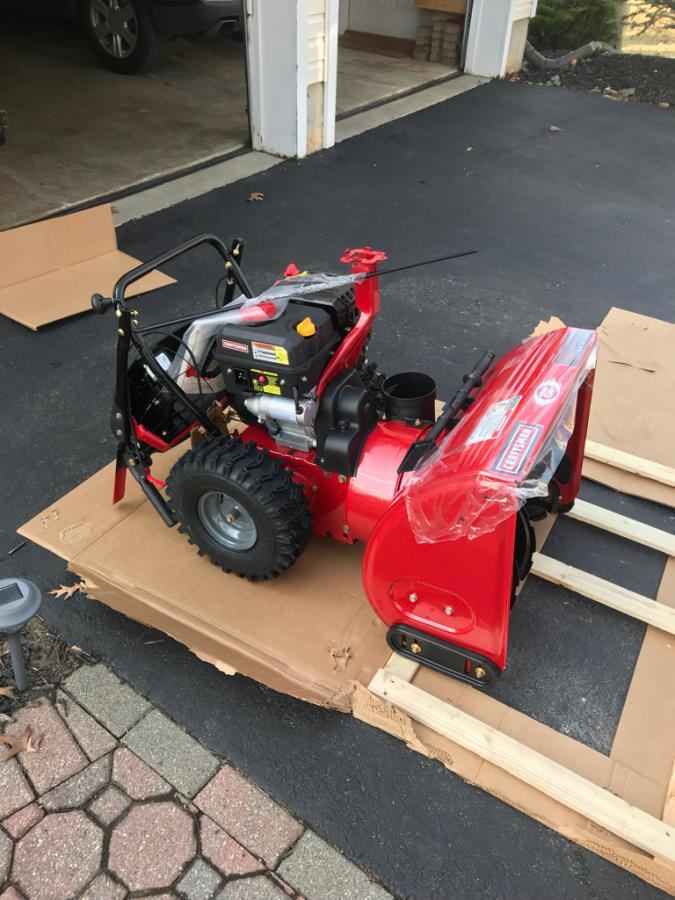 Troy Bilt used snowblower/Craftsman 24 inch brand new out of