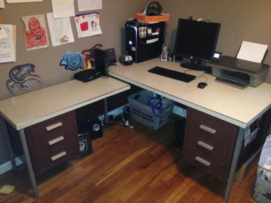 L Shaped Desk For Sale